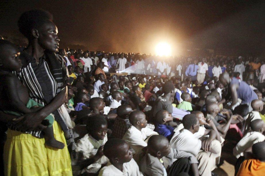 «Dès qu'ils ont vu le clip disant que... (Photo: James Akena, Reuters)