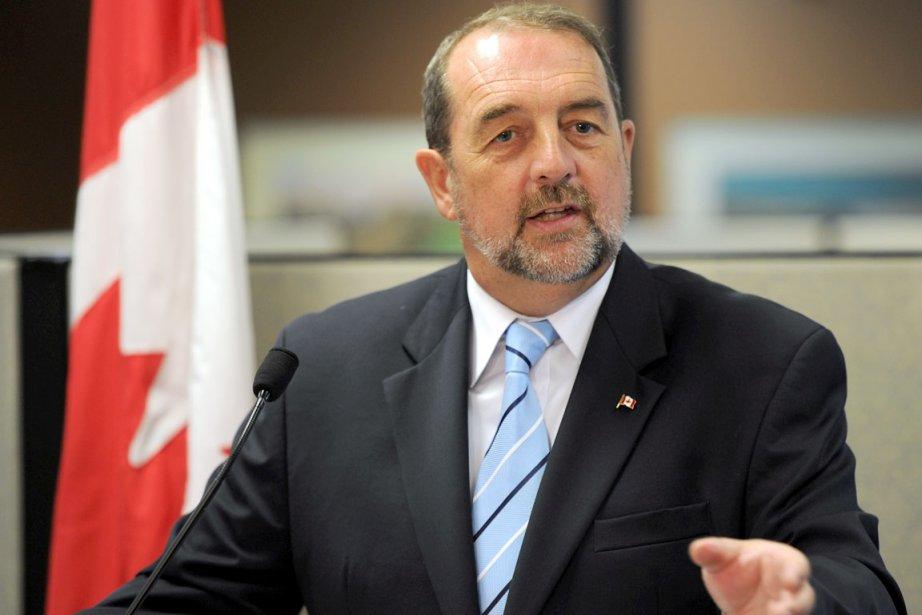 Le ministre des Transports Denis Lebel.... (Photothèque Le Soleil, Erick Labbé)