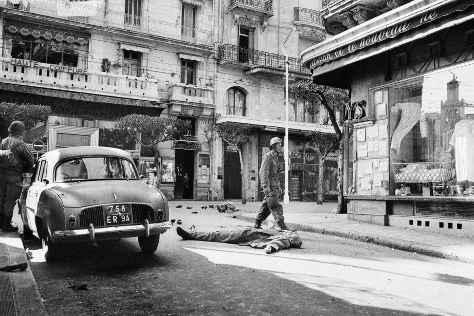 Quelques jours après le cessez-le-feu du 19 mars... (Photo AP)