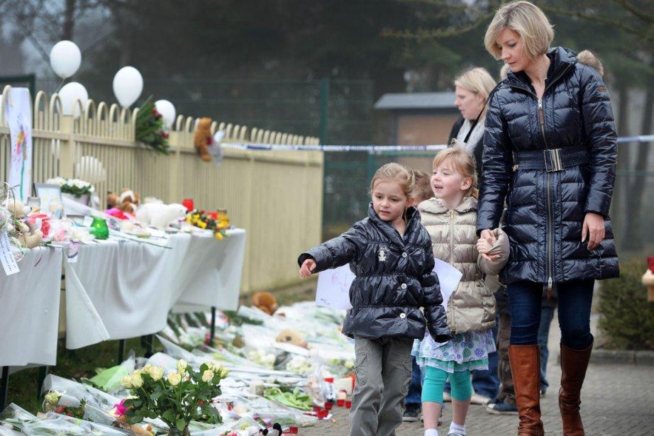 À 11h, hier, la Belgique tout entière s'est... (Photo AFP)