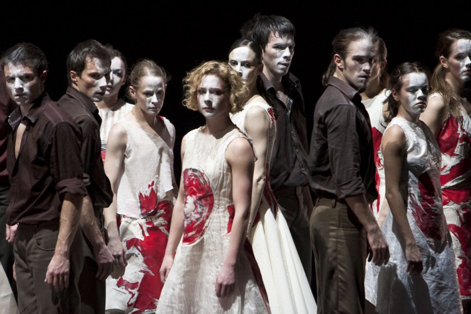 Le Sacre du printemps, de Stijn Celis.... (Photo fournie par les Grands Ballets Canadiens)