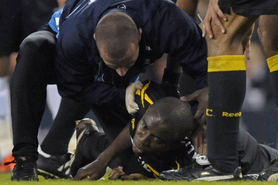 Le 17 mars dernier, Fabrice Muamba s'était effondré... (Photo : Olly Greenwood, AFP)