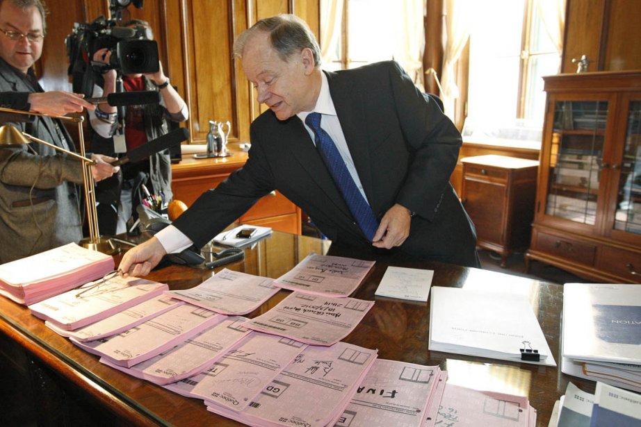 Le ministre des Finances, Raymond Bachand, a pris... (Photo: Mathieu Bélanger, Reuters)