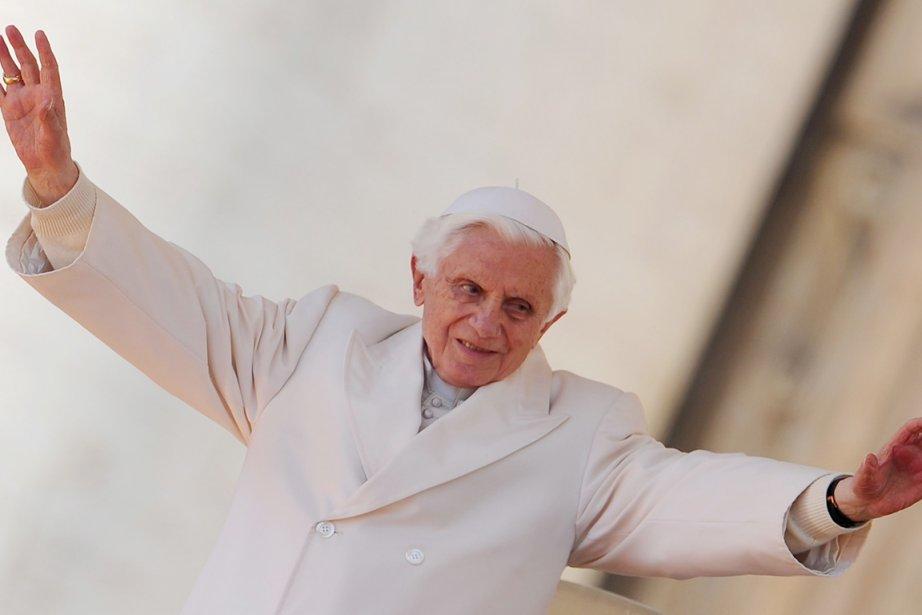 Benoît XVI a tenu à faire ce voyage... (Photo: Vincenzo Pinto, AFP)