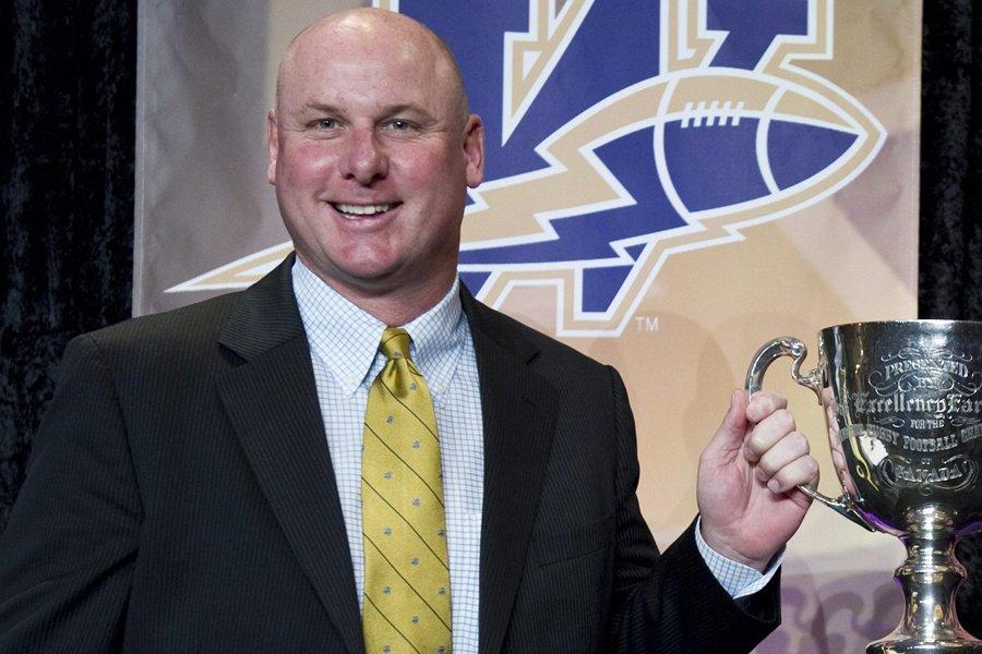 L'ex-entraîneur-chef des Blue Bombers de Winnipeg, Paul LaPolice.... (Photo: PC)
