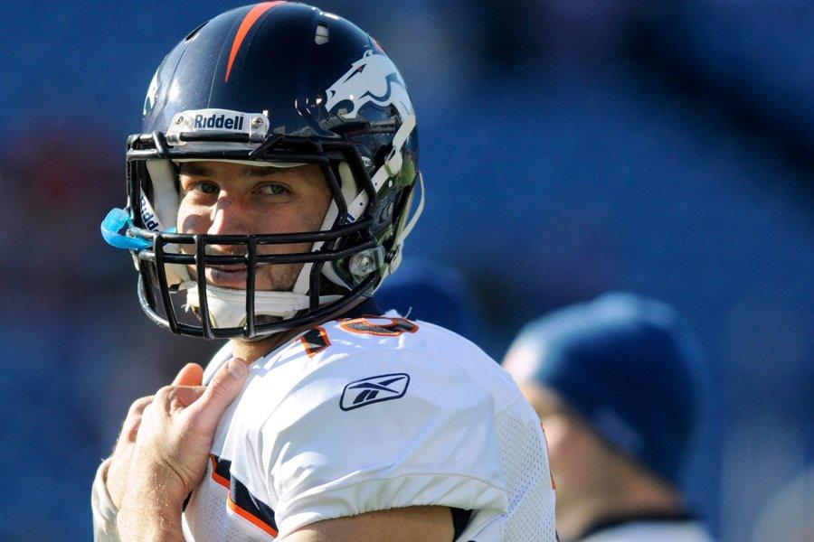 Tim Tebow, qui est devenu disponible à la... (Photo: Reuters)