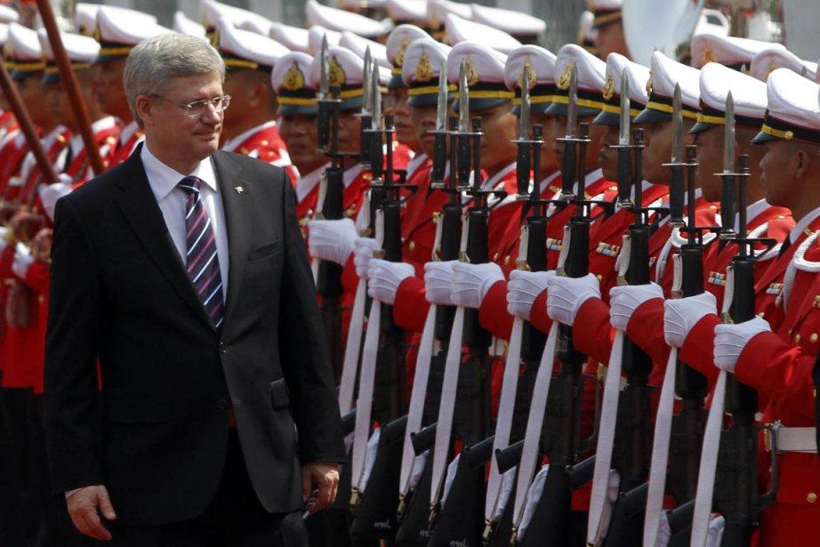 Le premier ministre Harper a commenté l'affaire lors... (Photo: Chaiwat Subprasom, Reuters)