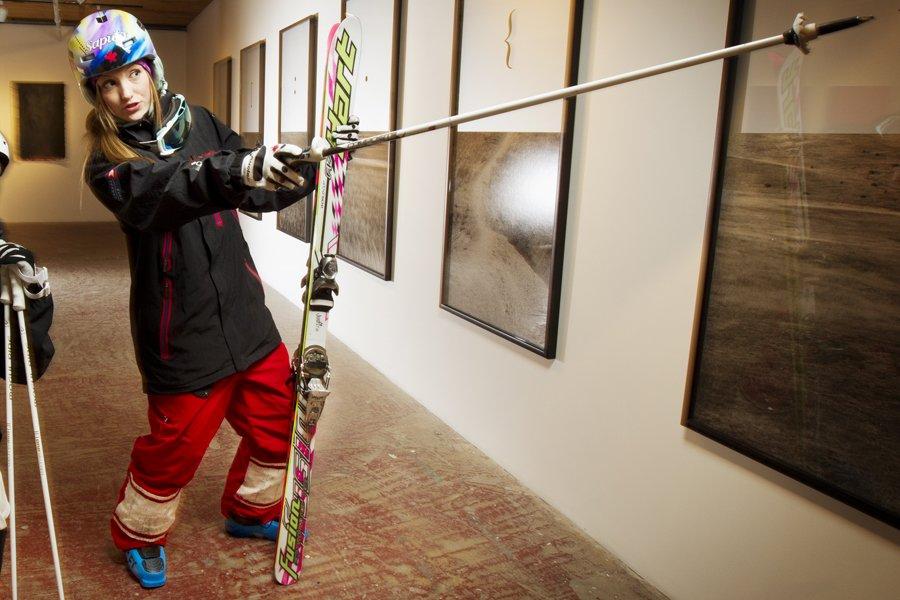 La skieuse acrobatique Justine Dufour-Lapointe à la galerie... (Photo: Alain Roberge, La Presse)