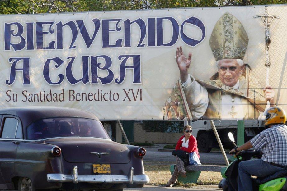 En se rendant à Cuba, Benoît XVI a... (Photo: Enrique de la Osa, Reuters)