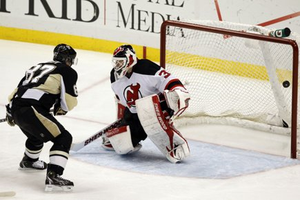 Sidney Crosby a marqué dans un deuxième match consécutif, en... (Photo: Reuters)