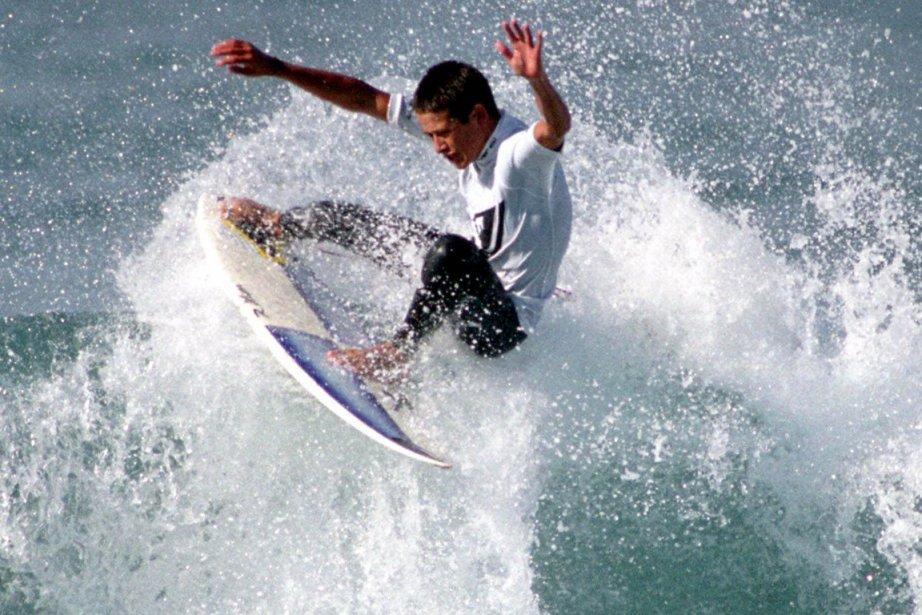 La plage de Makaha, prisée des surfeurs, face... (Photo archives Associated Press)