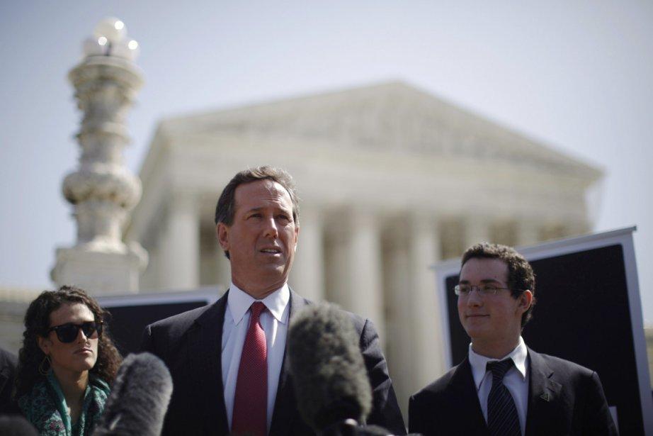 L'ultraconservateur Rick Santorum a réaffirmé lundi, devant ... (Photo: Jason Reed, Reuters)