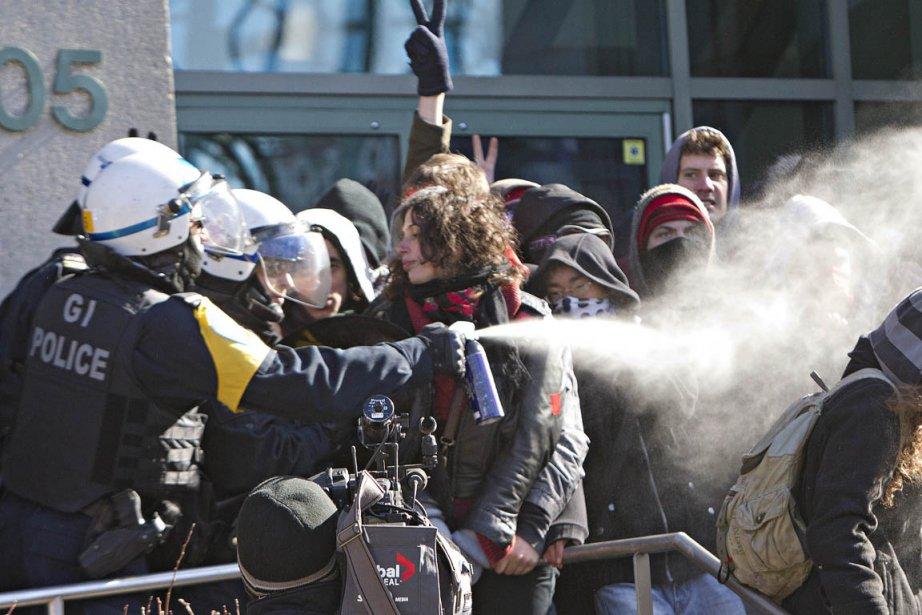 Le Maalox sert aussi, dans les manifestations, à...