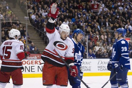 La chute des Maple Leafs de Toronto est officiellement terminée. (Photo: PC)