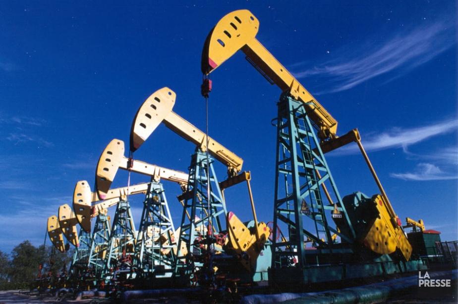 Champ pétrolifère de PetroChina situé à Daqing dans... (Photo Reuters)