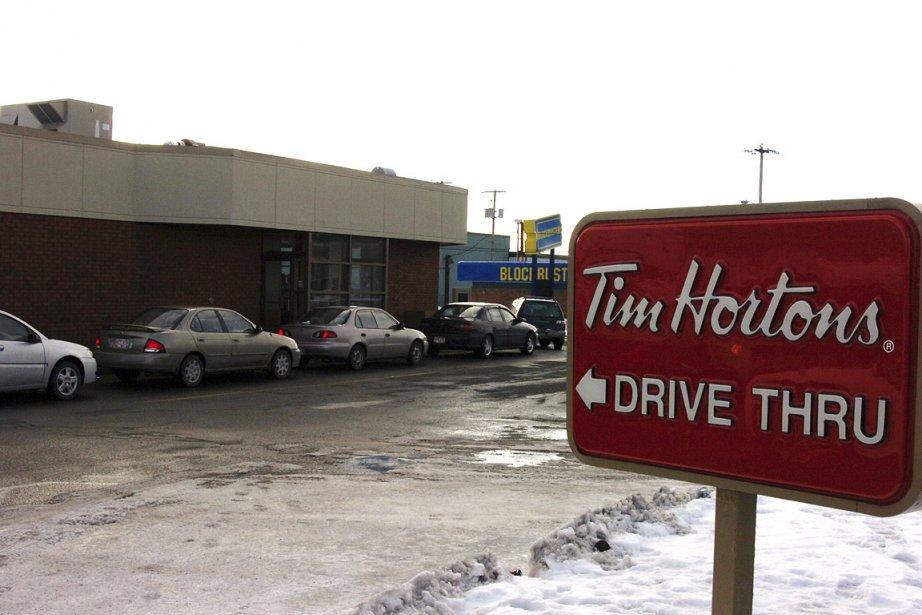 Les services au volant des Tim Hortons sont... (Photo: archives PC)