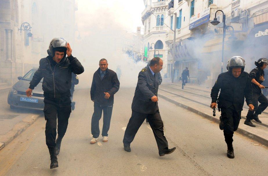 Certaines associations ont appelé à manifester lundi, «jour... (Photo: FETHI BELAID, AFP)