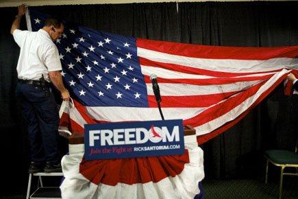 Rick Santorum a annoncé mardi qu'il se retirait... (Photo: Reuters)