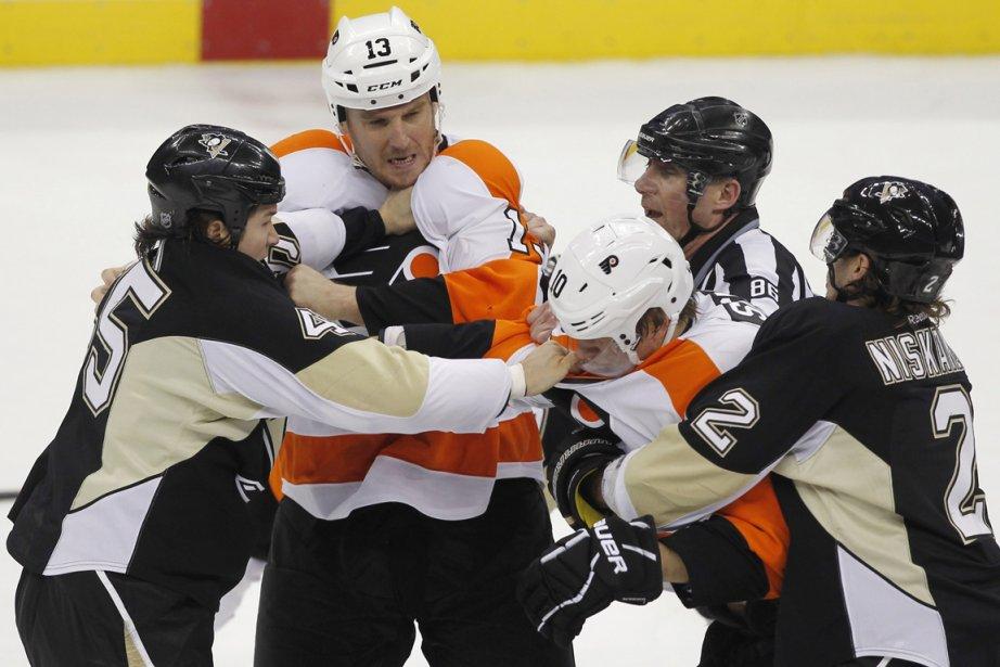 Les joueurs changent, mais la mentalité ne change... (Photo : Jason Cohn, Reuters)