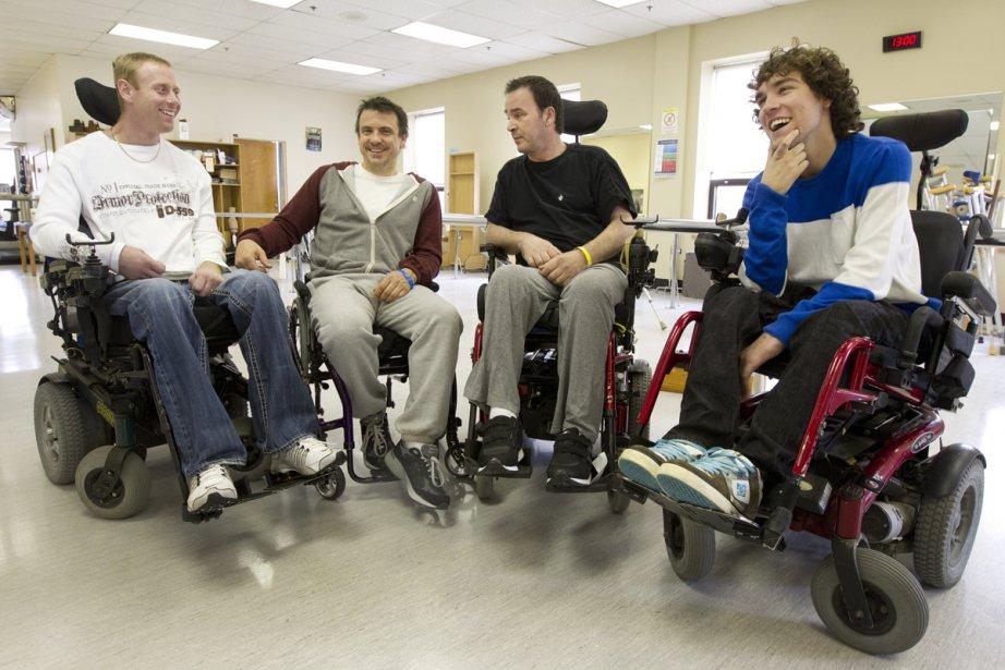 Pour mieux comprendre la réalité des tétraplégiques, Claude... (Photo: Robert Skinner, La Presse)