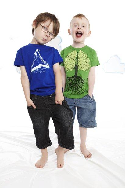 T-shirts en coton biologique de la collection OÖM Junior, 27 $ chacun, en vente chez Séraphin et Vert Limette ()