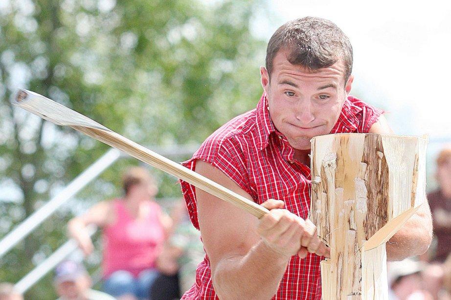 Le bûcheron est le pire métier à exercer... (Photo: Archives PC)