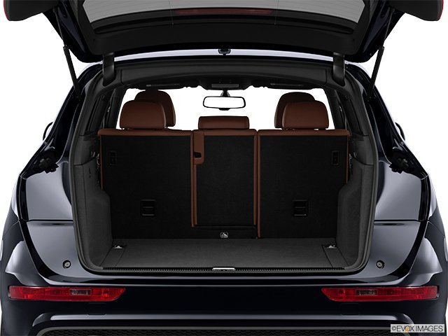 audi q5 2012 l 39 art de se faire d sirer audi. Black Bedroom Furniture Sets. Home Design Ideas