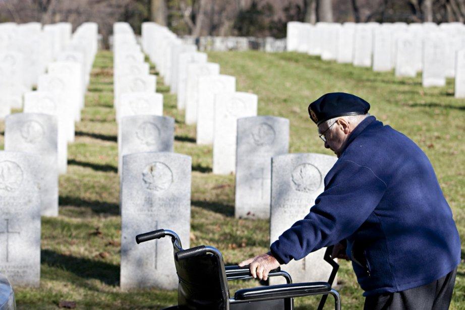 Des anciens combattants, parmi les... (Photo : François Roy, archives La Presse)