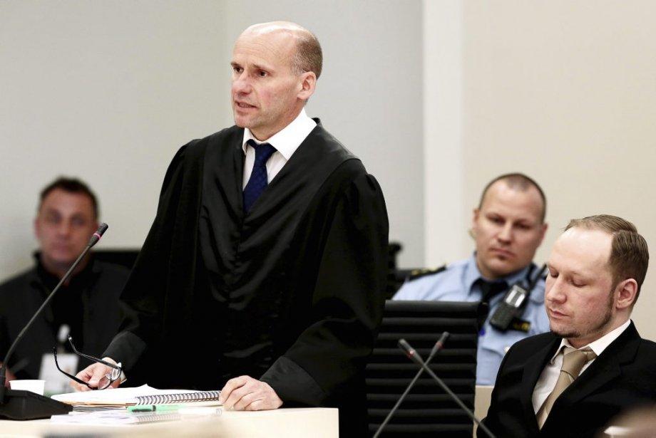 Geir Lippestad, à gauche, avocat de la défense au procès Breivik. (Photo Hakon Mosvold Larsen, AFP)