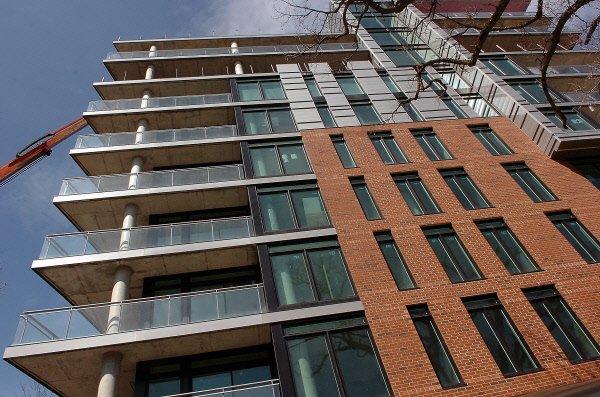 La faiblesse des taux hypothécaires continue de stimuler les ventes.