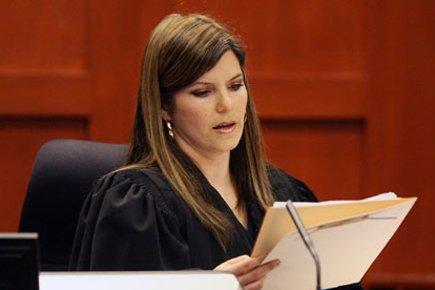 La jugeJessica Reckseidler.... (Photo: AP)