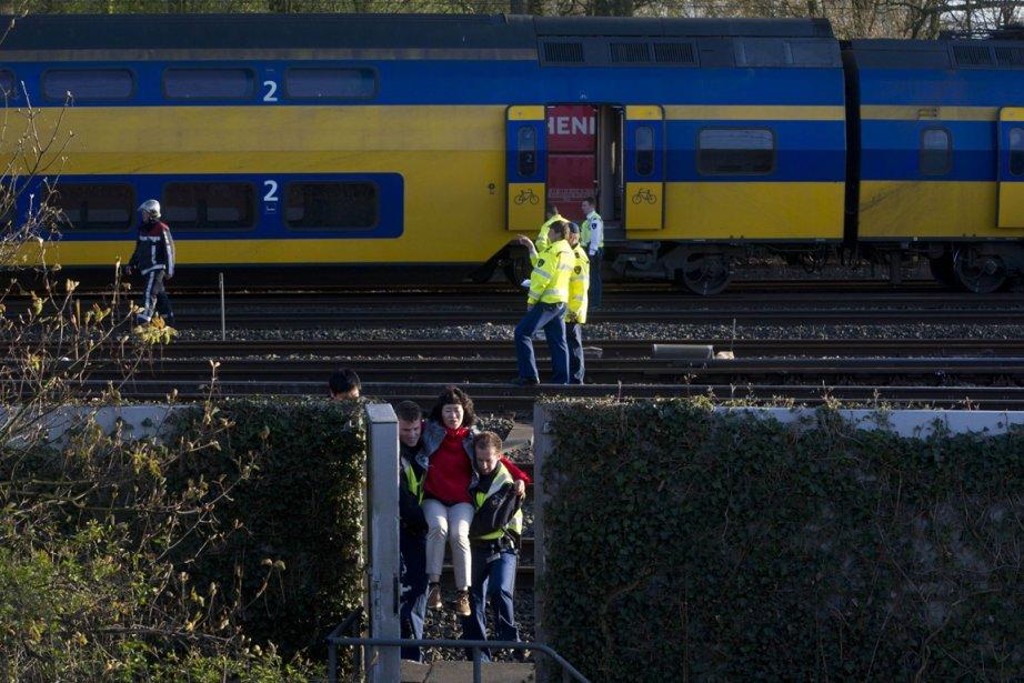«Il y a environ 60 blessés, dont entre... (Photo : Evert Elzinga, AFP)