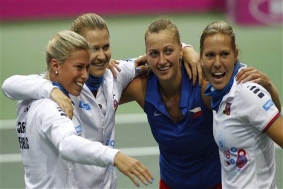 Andrea Hlavackova,Lucie Safarova,Petra Kvitova etLucie Hradecka.... (Photo Reuters)