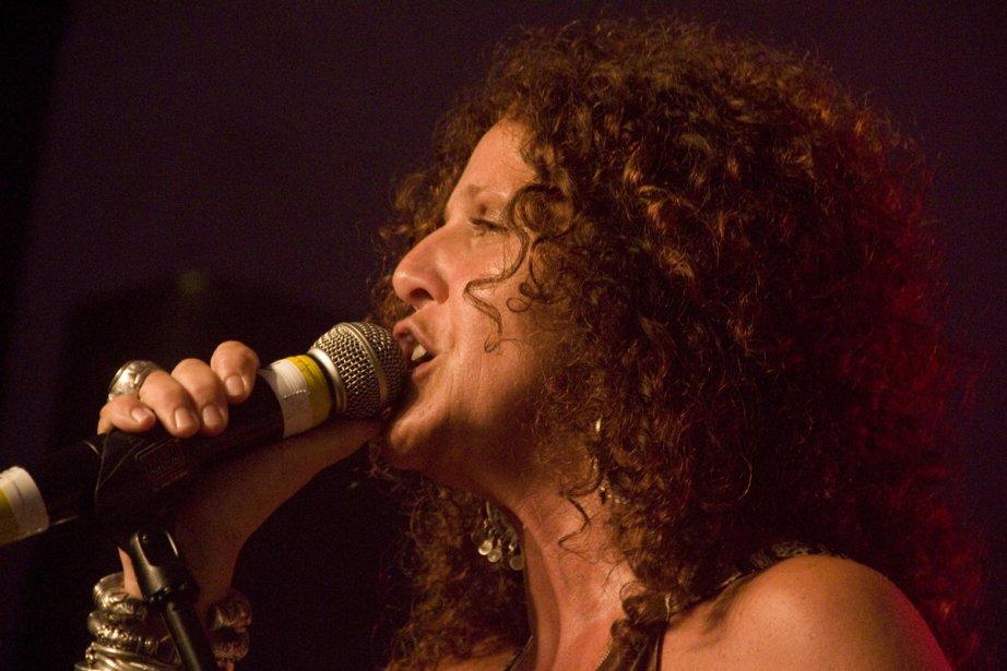 La chanteuse Angel Forrest... (Photo: La Voix de l'Est, archives La Presse)