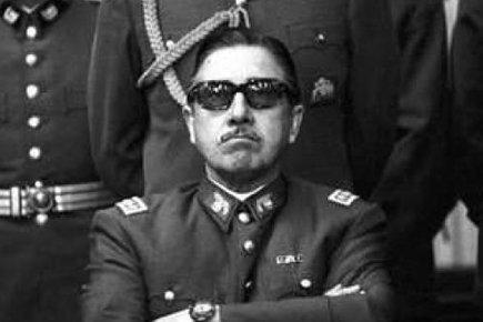 Le général Augusto Pinochet, qui a dirigé le... (Archives AP)