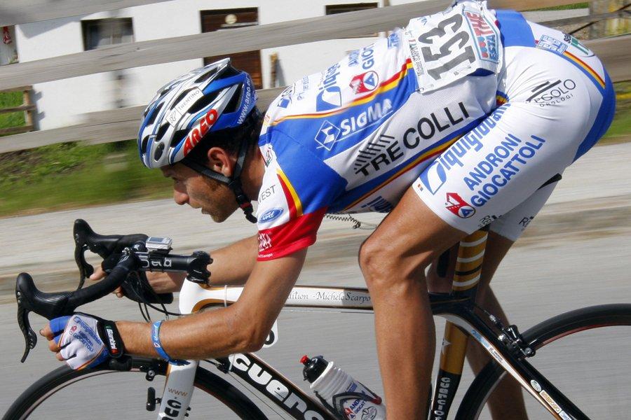 Michele Scarponi... (Photo: archives Reuters)