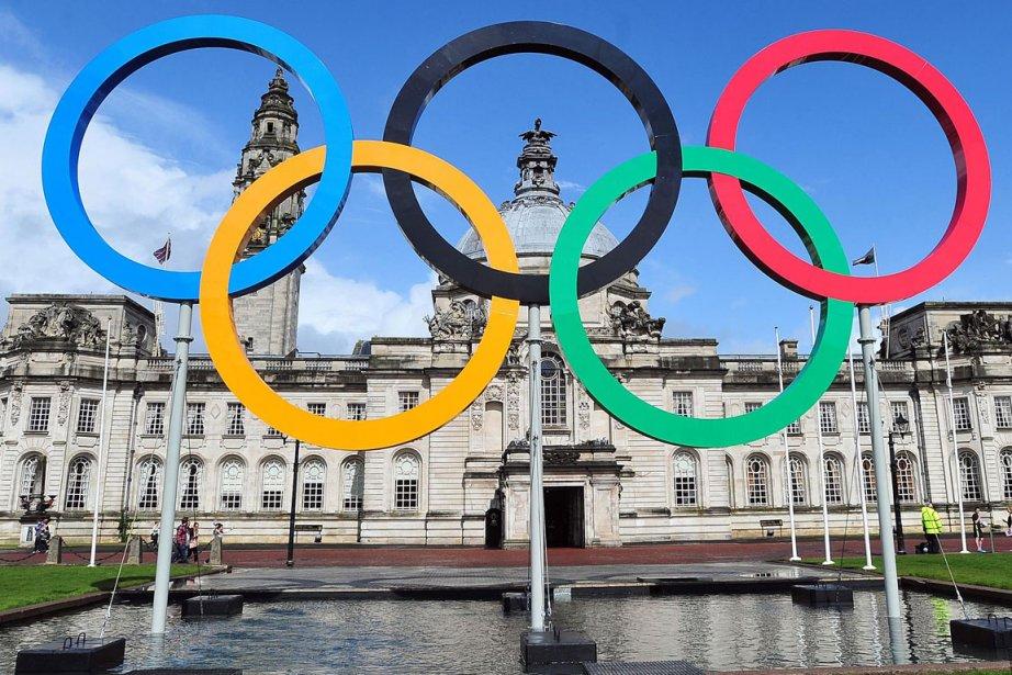 L'arrivée intempestive d'invités... (Photo fournie par le Comité olympique)