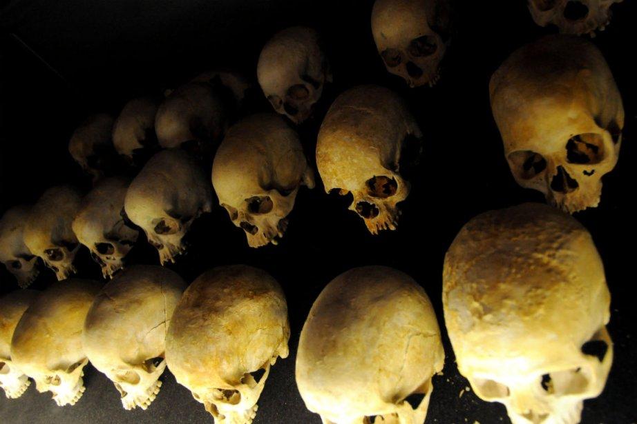 Les crânes de victimes du génocide rwandais en... (Photo : Steve Terrill, AFP)
