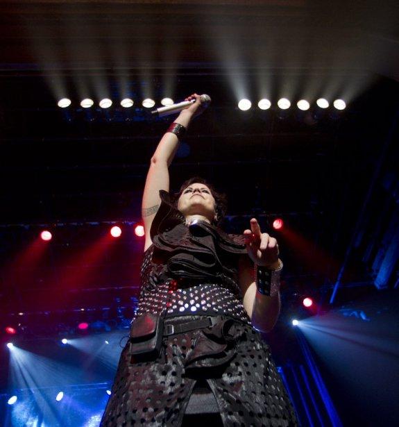 Le groupe The Cranberries et leur chanteuse Dolores O'Riordan étaient... | 2012-05-09 00:00:00.000