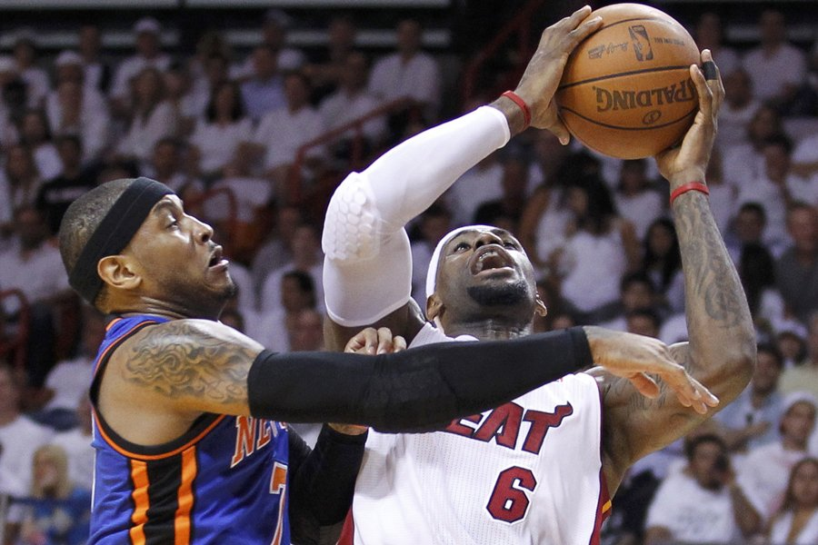 LeBron James (à droite) et le Heat de... (Photo: Reuters)