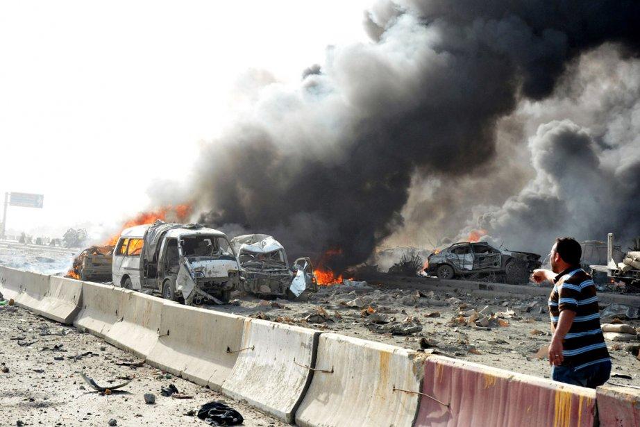 Au moins 55 personnes ont été tuées et... (Photo: AFP)
