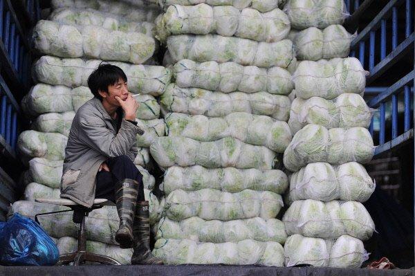 Le ralentissement de l'inflation et une faible hausse de la production...