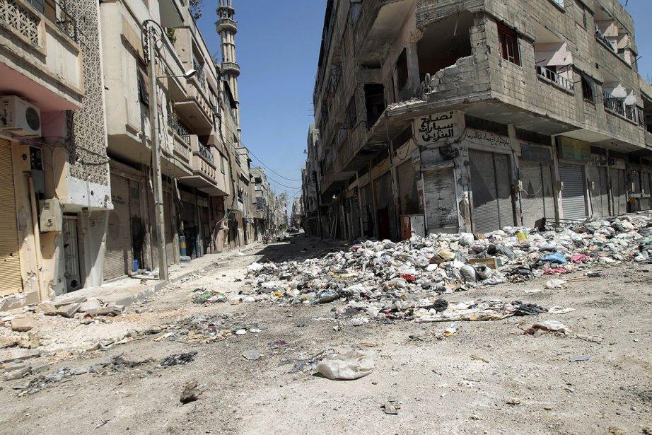 Un quartier de la ville de Homs, photographié... (Photo: AFP)