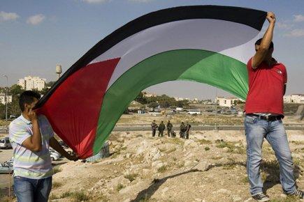 Des Palestiniens manifestaient dimanche dans la Bande de... (Photo: AFP)