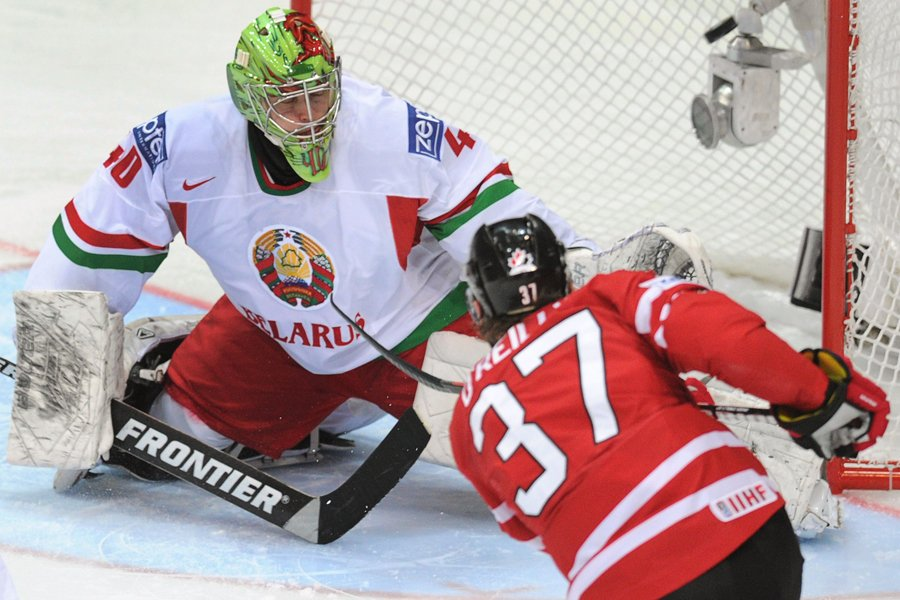 Ryan O'Reilly a déjoué le gardien biélorusse Dmitri... (Photo: AFP)