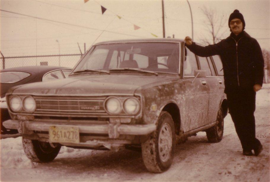 «Ma première voiture était une Datsun 1200, mais ma seconde, une 510 Station Wagon, verte, achetée neuve pour 2800$ avec toutes les options disponibles à l'époque. Dans ce temps-là, on disait