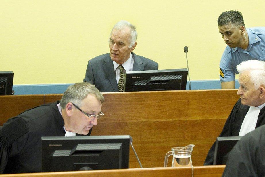 Ratko Mladic, qui plaide non coupable et encourt... (Photo: Toussaint Kluiters, AFP)