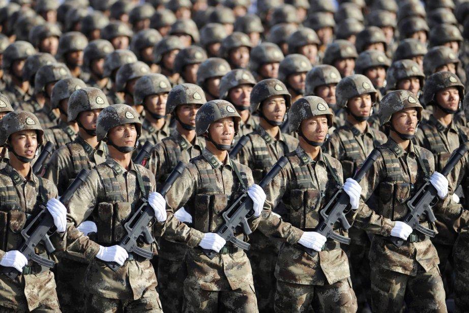Coeur de l'armée chinoise, l'armée de Terre comprend... (Photo: Joe Chan, Reuters)
