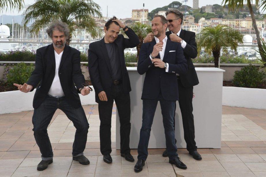 Gustave Kerven, Albert Dupontel, Benoit Poelvoorde et Benoit Delépine du film Le grand soir. | 22 mai 2012