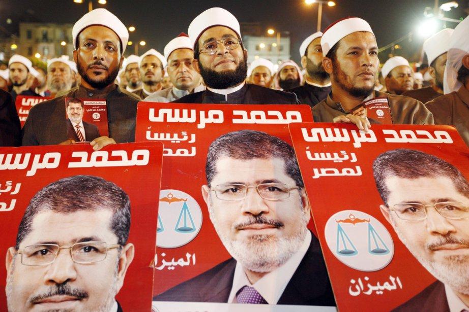 Rassemblement du candidat des Frères musulmans, Mohamed Morsi,... (Photo: Fredrik Person, AP)